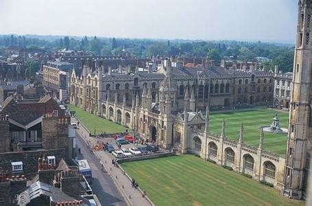国王学院拥有五个校区,其中四个分布于伦敦中心景色迷人的泰晤士河畔