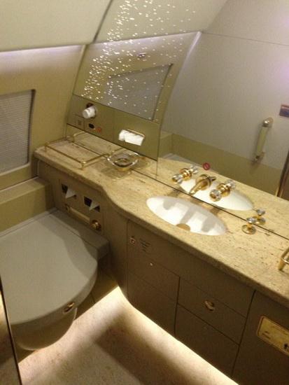 厕所 家居 设计 卫生间 卫生间装修 装修 413_550 竖版 竖屏